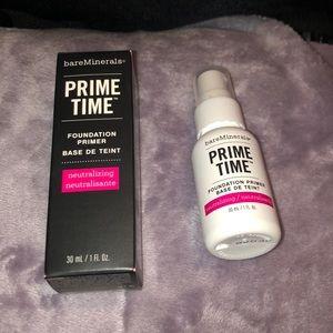 bareMinerals Prime Time neutralizing primer